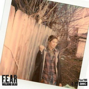 Season 4 Portrait - Polaroid - Jenna Elfman