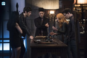 Shadowhunters - Season 3 - 3x07 - Promotional Stills
