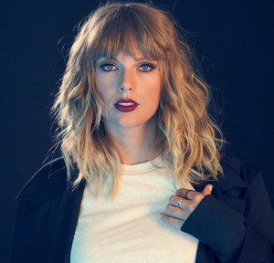 Taylor cepat, swift 2017 Photoshoot
