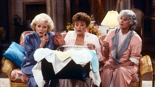 Golden Girls VS Designing Women wolpeyper entitled The Golden Girls
