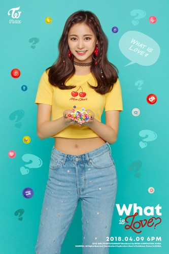 "Twice (JYP Ent) achtergrond called Tzuyu's teaser image for ""What is Love?"""