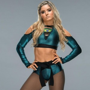 Wrestlemania 34 Ring Gear ~ Taynara Conti