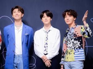 BTS FAKE Liebe PRESS CONFERENCE