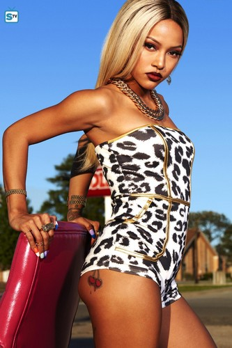 Claws (TNT) wallpaper titled 'Claws' Character Photoshoot ~ Virginia