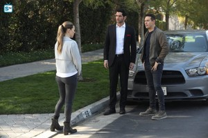 3x24 - A Devil Of My Word (Season Finale) - Chloe, Lucifer and Dan