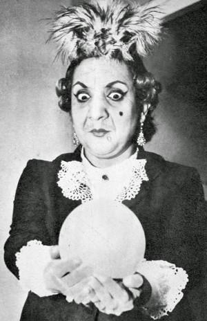 Adile Naşit -Adela Özcan ( 1930 - 1987)