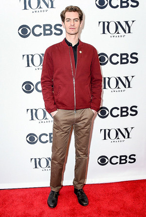 Andrew গার্ফিল্ড attends the 2018 Tony Awards Meet The Nominees Press Junket on May 2, 2018 in NY