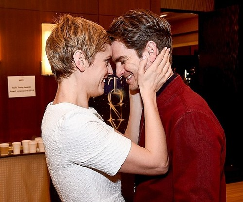 Andrew Garfield پیپر وال titled Andrew Garfield attends the 2018 Tony Awards Meet The Nominees Press Junket on May 2, 2018 in NY