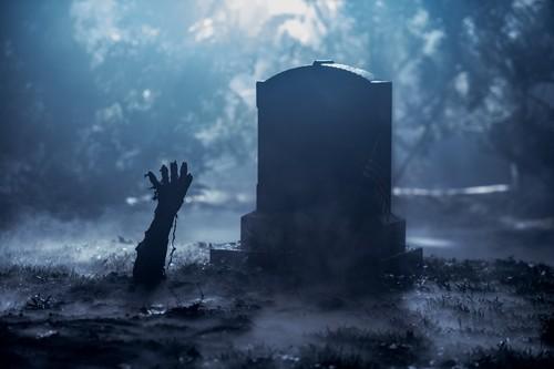 """Ash vs Evil Dead achtergrond called Ash Vs Evil Dead """"Apparently Dead"""" (3x03) promotional picture"""
