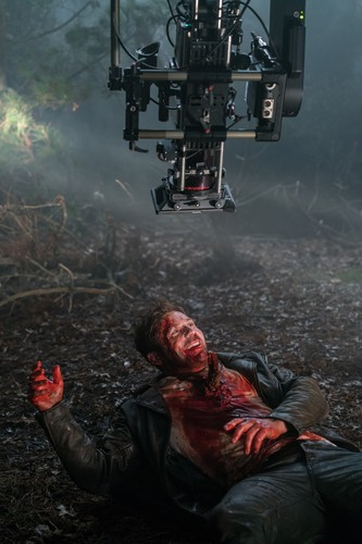 "Ash vs Evil Dead achtergrond called Ash Vs Evil Dead ""Unfinished Business"" (3x04) promotional picture"