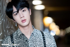 बी टी एस NAVER x DISPATCH @ BBMAs