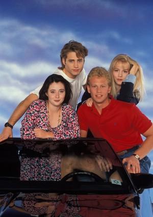 Beverly Hills 90210 Season 1 Cast