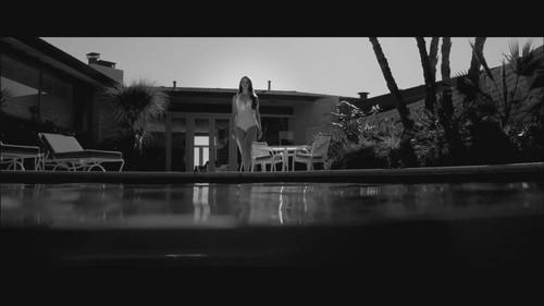 Lana Del Rey karatasi la kupamba ukuta titled Blue Jeans muziki Video lana del rey 29895244 500 281