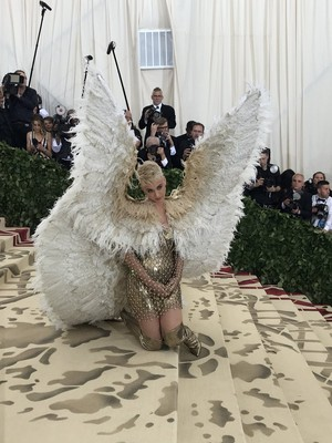 DO U LIKE KATY PERRY met gala