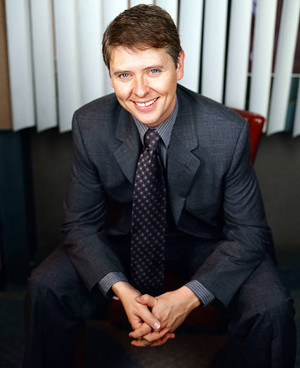 Dave Foley as Dave Nelson