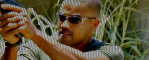 ক্রিমিনাল মাইন্ডস্ দেওয়ালপত্র titled Derek মরগান