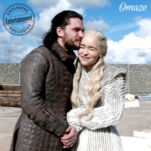 Game of Thrones - Kit Harington and Emilia Clarke Season 8 Behind the Scenes Portrait