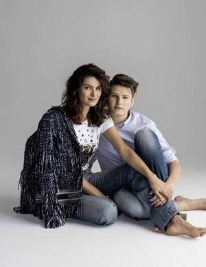 Isabeli Fontana poses with sons for Elle Russia [May 2018]