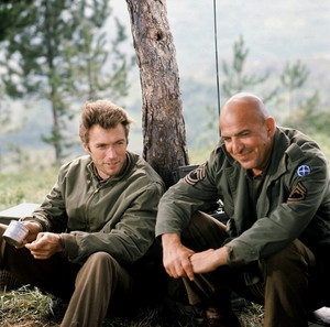 Kelly's নায়ক (Clint Eastwood and Telly Savalas)