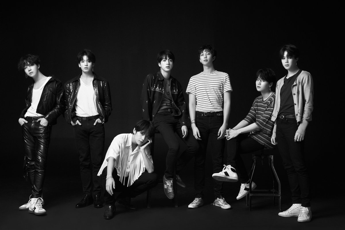 LOVE YOURSELF 'Tear' Concept Photo O version