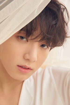 l'amour YOURSELF 'Tear' Concept photo U version
