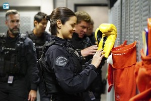 Lina Esco as Chris Alonso in SWAT - Miracle