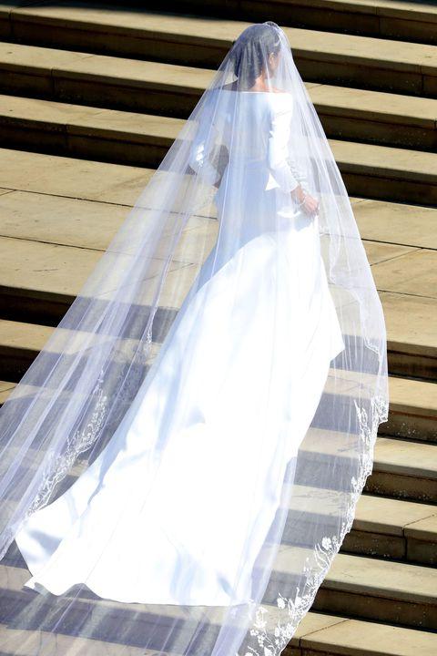 Who Designed Megan S Wedding Dress.Cherl12345 Tamara Images Megan Markle S Wedding Dress Hd Wallpaper