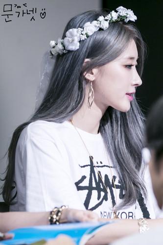 Nine Muses fondo de pantalla titled Moon HyunA