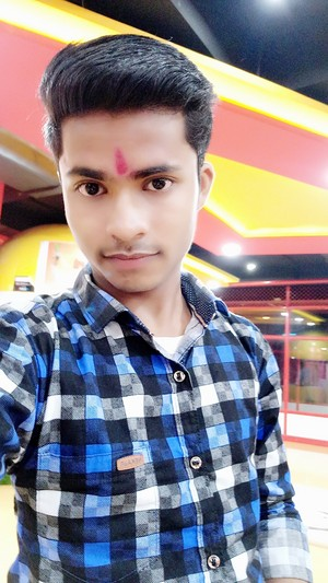 Nitesh verma from kanpur mall enjoy