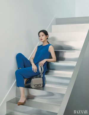 Oh Yeon Seo Harper s Bazaar Magazine April Issue '18