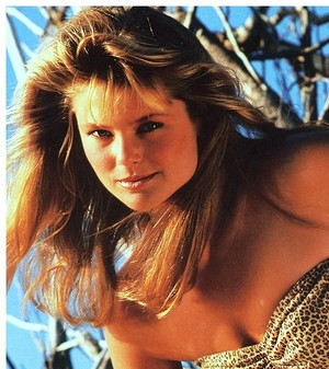 SI SpEd Knockouts 087 Christie Brinkley 1981 phZimmerman