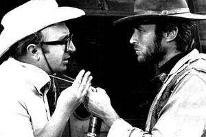 Sergio Leon and Clint Eastwood on the set of For a Few Dollars mais