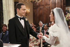 "The Big Bang Theory ""The Bow Tie Asymmetry"" (11x24) Promotional Picture"