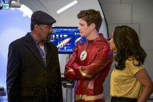 The Flash - Episode 4.23 - We Are the Flash - Promo Pics