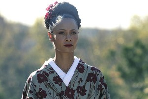 "Westworld ""Akane No Mai"" (2x05) promotional picture"