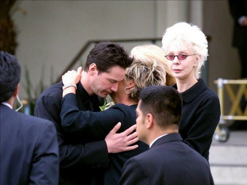 beroemdheden who died young achtergrond called jennifer syme funeral