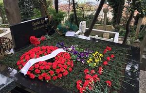 kayahan grave