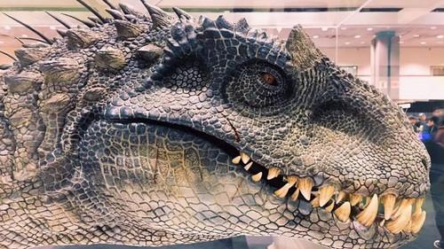 Jurassic World achtergrond titled the newest hybrid dinosaur,The Indoraptor