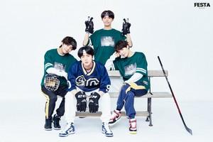 [2018 BTS FESTA] 2018 Bangtan Boys Family bức ảnh (2/2)