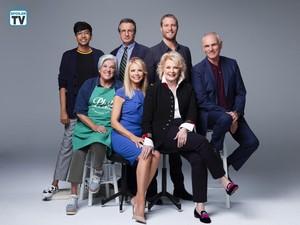 'Murphy Brown' Reboot ~ Cast Portrait