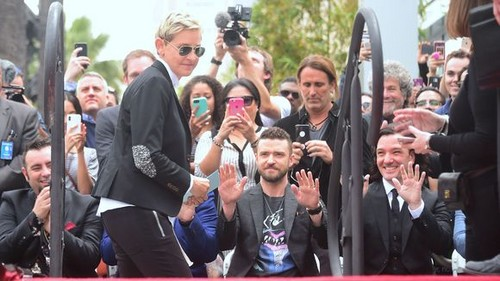 """Boy Bands Обои entitled *NSYNC Receiving their звезда on """"The Hollywood Walk of Fame"""""""