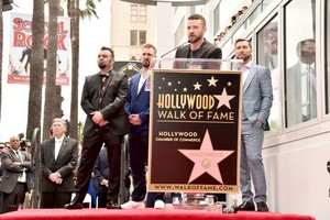 "*NSYNC Receiving their звезда on ""The Hollywood Walk of Fame"""