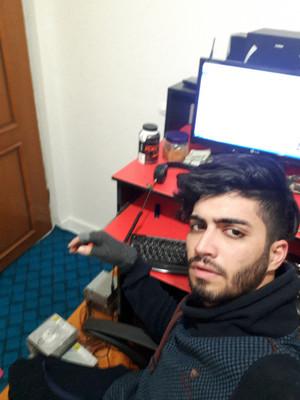 آرمین بهادری _هکر های کلاه سیاه