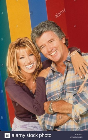 1991 suzanne somers with patrick duffy step by step credit entertainment KWGAE1