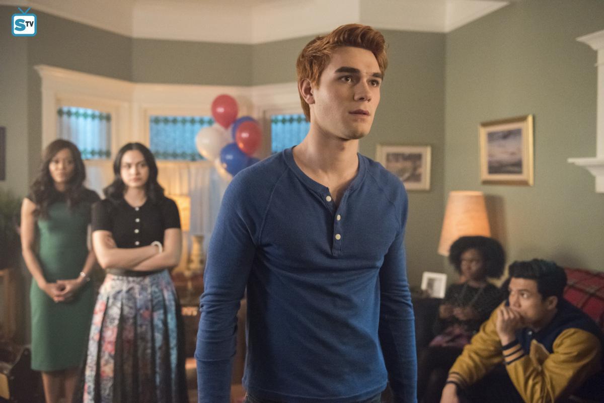 2x22 'Brave New World' Promotional fotografia