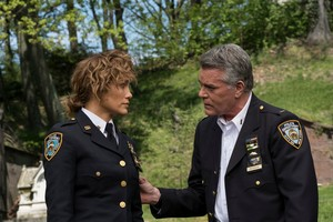 3x01 - Good Police - Harlee and Woz