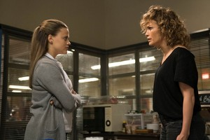 3x03 - That Way Madness Lies - Cristina and Harlee