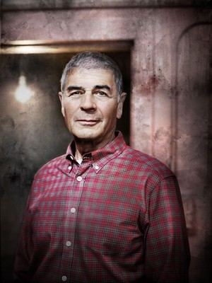 Alcatraz Portrait - Robert Forster as rayo, ray Archer