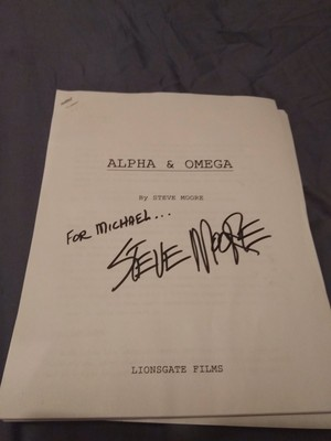 Alpha and Omega original script (front page) written によって Steve Moore.