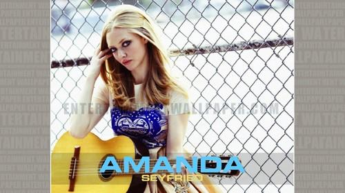 Amanda Seyfried kertas dinding entitled Amanda Seyfried